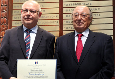 Instituto de Ingenieros de Chile distingue a investigador Germán Aroca con el premio Ramón Salas Edwards